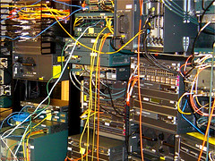 cisco lab - the heart of internet network (roney) Tags: switch pix cisco router 5000 2600 firewall tecnologia catalyst 1700 3500 7500 6500 3550 11500 agrupada ciscolab grupotecnologia