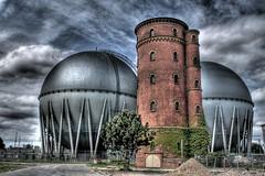 [フリー画像] [人工風景] [建造物/建築物] [工場の風景] [石油タンク] [HDR画像] [ドイツ風景]     [フリー素材]