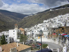 Pampaneira (jomagaro) Tags: españa landscape spain nikon paisaje andalucia granada coolpix 100club alpujarras 2100 topphotoblog e2100 50club nikonstunninggallery jomagaro andaluciasolohayuna flickrclickr josemanuelgarcia photofans