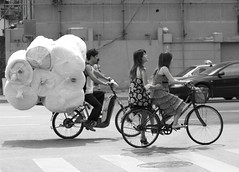 Loads (Shanghai Sky) Tags: china street girls sky bw asian asia shanghai ditch pavement bikes bicycles keep rolls shanghaiist keep2 keep3 shanghaisky ditch2 ditch3 ditch6 ditch8 ditch9 ditch10 ditch4 ditch5 ditch7