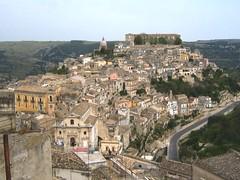 Ragusa Ibla da Ragusa (beddapittinata) Tags: panorama veduta ragusa ibla