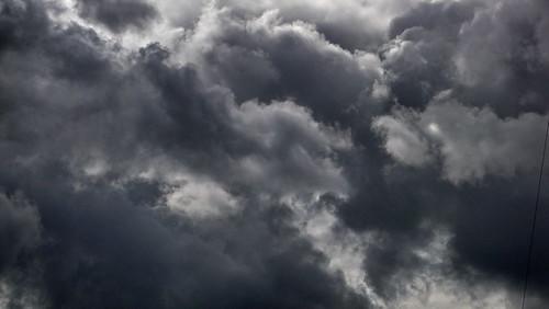 Wolken bei Sturm in Hamburg Sankt Georg