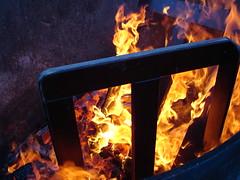 DSC01985 (Rubin Starset) Tags: geotagged fire flame burn nimby fireart geolat3782105 20060527 geotoolgeoretagr geolon122287055556