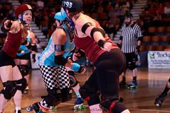 janes_vs_rebels_L3407097 1 (nocklebeast) Tags: ca usa santacruz rollerderby rollergirls skates santacruzcivicauditorium scdg santacruzderbygirls steamerjanes redwoodrebels va0001991072 effectivedateofregistrationaugust152015 va1991072