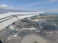 Flying over Calgary International Airport (Sean_Marshall) Tags: calgary airport terminal alberta yyc