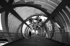 (cherco) Tags: tunnel tunel spiral espiral woman mujer city ciudad street calle urban urbano vanishingpoint composition composicion alone solitario lonely girl canon blancoynegro blackandwhite shadows sombras light luz 5d cca