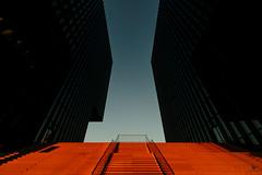 Düsseldorf Medienhafen (st.weber71) Tags: medienhafen d800 düsseldorf hyatthotel hyatt nikon nrw rheinland rhein sonne sonnenuntergang treppe