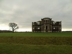 Lyveden New Bield (Oxford Murray) Tags: lyveden gothic renaissance elizabethan historic landscape building architecturte nt nationaltrust oxfordmurray northamptonshire heritage