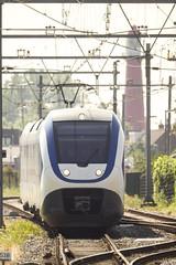Warm op het spoor (ComBron) Tags: train ns publictransport vuurtoren slt trein warmte hoekselijn