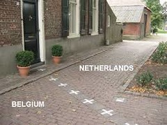 Netherlands-Belgium Baarle-Nassau-border-line 2