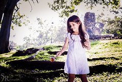 Infancia (roizroiz) Tags: park portrait green girl beautiful portraits photography photo child little nios infancia pequea inocent i500
