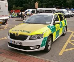 North West Ambulance Service Skoda Octavia RRV (MJ_100) Tags: ambulance paramedics ems skoda octavia emergencyservices emergencyvehicle nwas rrv rapidresponsevehicle northwestambulanceservice