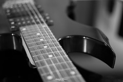 #41 #loud - a picture of my guitar - #52of2017 (graser.robert) Tags: 52of2017 loud 35mm 52thingsiwanttophotographin2017 artist bw black germany group nikkor robertgraser white flickr guitar monochrome photographer reinstädt thüringen deutschland de