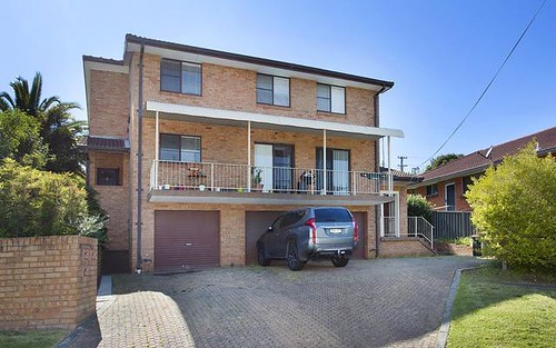 2/3 Melinda Grove, Lake Heights NSW 2502