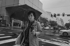Market Street, 2016 (Alan Barr) Tags: philadelphia 2016 rain street sp streetphotography streetphoto blackandwhite bw blackwhite mono monochrome candid people ricoh gr marketstreet marketstreeteast marketeast