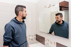 Dualismi (Luca Maresca) Tags: 2016 autoscatto caparezza doppiaesposizione dualismi mostra novembre specchio timostrounacanzone
