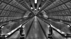 Travelator (Joseph Pearson Images) Tags: underground tube subway london travelator blackandwhite bw mono vanishingpoint