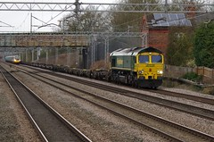 """66540 """"Ruby"""" - 4L41 - Cathiron - 22-02-17 (techno-phobe) Tags: cathiron warwickshire westcoastmainline wcml freight train locomotive diesellocomotive class66 shed fred freightliner 66540 4l41 ruby"""