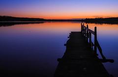 beautiful silence (claudia.kiel) Tags: deutschland germany de schleswigholstein see lake lakeside bistensee badestelle steg pier jetty sonnenuntergang sunset sunsetmood abendstimmung abendleuchten afterglow dämmerung twilight silhouette spiegelung reflection landschaft landscape seascape nature