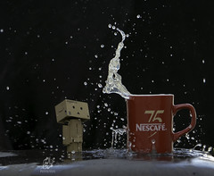 Danbo with Splash Photography (Mohammed Alborum) Tags: camera canon photography uae abudhabi arab syria wtc splash 75300  danbo canon50mm18      danboard  canon550d canon70d  mohammedalborum