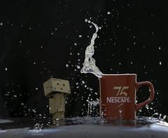 Danbo with Splash Photography (Mohammed Alborum) Tags: camera canon photography uae abudhabi arab syria wtc splash 75300 زايد danbo canon50mm18 الامارات تصوير ابوظبي العرب مصورين danboard سبلاش canon550d canon70d دانبو mohammedalborum انستغرامي
