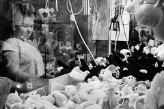 MIM : Concentration (galibert olivier) Tags: people france monochrome youth portraits frankreich noir gente portretten south kultur culture bulls menschen arena retratos toros sur frankrijk arene et francia blanc personnes cultura sud cultuur  camargue  mensen juventud  sden    portrts  taureaux zuiden  stieren      stiere
