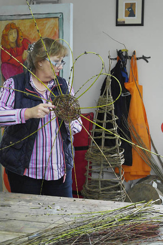 Willow Structures for the Garden - Jess Wilkinson