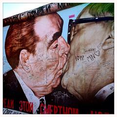 Bruderkuss ('pijn) Tags: berlin love me wall this god help deadly survive leonidbrezhnev erichhonecker my