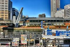 riverside, Dotonbori-gawa, Osaka (jtabn99) Tags: minatomachi dotonborigawa river bridge osaka japan nippon nihon sky water 20161210 大阪 湊町 日本 道頓堀川 canal shop restaurant