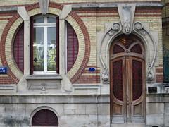 Château de la lune (1900), 1 rue Gallice, Epernay (51) (Yvette G.) Tags: épernay marne 51 champagne grandest artnouveau belleépoque architecture châteaudelalune
