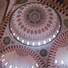 #sehzadebasi #camii #istanbul (t.bo79) Tags: turkey türkiye istanbul mosque ceiling innen indoors türkei decke fatih camii moschee sehzadebasi sehzade instagram ifttt