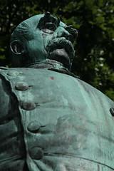 Bismarck im Hiroshima-Park (03) (Rdiger Stehn) Tags: statue deutschland europa bismarck kiel schleswigholstein denkmal norddeutschland mitteleuropa 2015 bismarckdenkmal canoneos550d kielvorstadt
