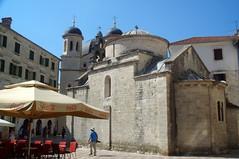 Bouches de Kotor (Montenegro) (PierreG_09) Tags: mer fortification ville montenegro muraille adriatique kotor rempart villeclose bouchesdekotor