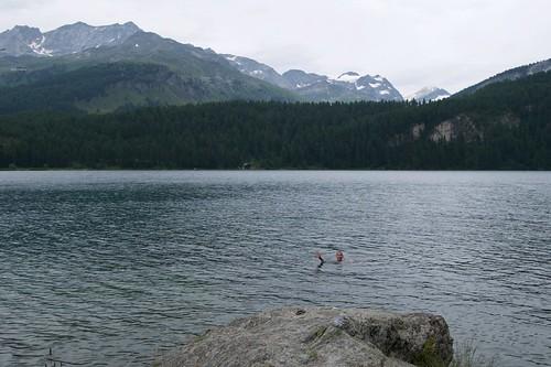 Der Silsersee ist deutlich wärmer als der Silvaplanasee