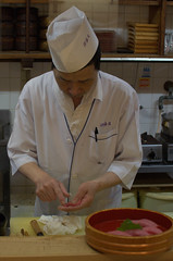 Sushi chef Nikishi market Kyoto