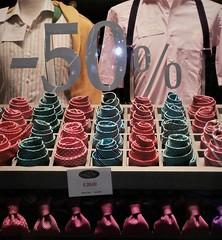 chiocciola (Aellevì) Tags: spirale vetrina sconti cravatta tie nodo abbigliamentomaschile uomo accessori