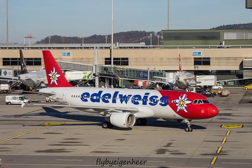 HB-IJV Airbus A320-214 A320 > EDW