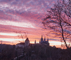 Red sky after sunset over Prague Castle (Escipió) Tags: castle prague redsky sunset leefilter