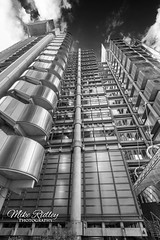 Lloyds ... (Mike Ridley.) Tags: lloydsbuilding lloyds london monochrome mono city cityscape futuristic metallic steel sonya7r2 mikeridley architecture handheld lloydsoflondon