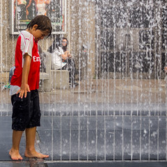 soak (dizbin) Tags: color candid colour city dizbin england em10 uk london olympus outdoors omd omd10 photo photograph photography people portrait square squareformat southbank red street streetphotography summer urban zuiko water mzuiko 25