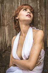 HTN - MI (30) (Monick Miranda Ibrahim) Tags: arte moda modelo boudoir ruiva sweet delicate design beauty beautiful perfect girl woman style lights photo power