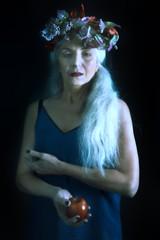 fi8 (sgladiate) Tags: woman age ageism preraphaelites fashion canon fineart paintings beauty