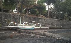 Found! new boat! (scinta1) Tags: bali mountain lake water boat kampung perahu lakebatur giri kintamani mountbatur kedisan baturbaguscottage