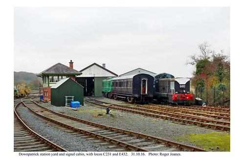 Downpatrick. Signal cabin and locos C231 and E432. 31.10.16