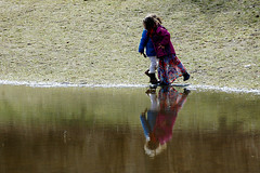 Kids by the water (gornabanja) Tags: water playing game melting lake park spring hasenheide neukölln berlin nikon d70