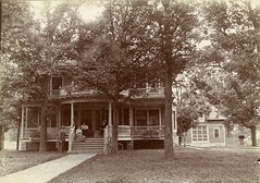 P-25-Q-071 (neenahhistoricalsociety) Tags: pinkerton houses mansions