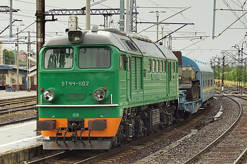 ST44-1102