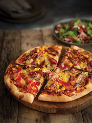 Leftover Pulled Pork Pizza with Peppers (Love Pork) Tags: pork pulled leftover recipes recipe