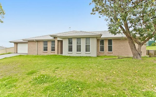 27 Closebourne Way, Raymond Terrace NSW 2324