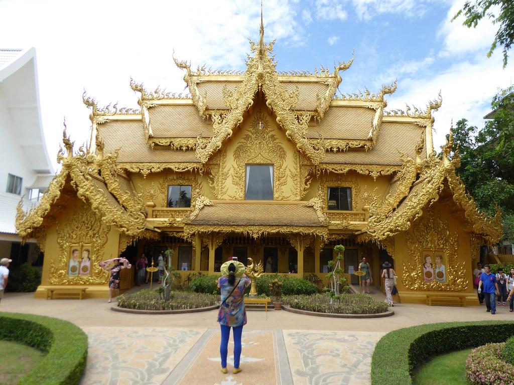 Wat Rung Khun